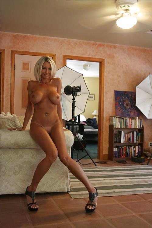 nude-wives-and-girlfriends-naked:  Like this woman?  I sure do! She needs to be shared with your followers! Providing her with the recognition that she truly deserves. So Hit the RE-Blog button and pass her along. I reblog and collect women like her all the time….  WOW