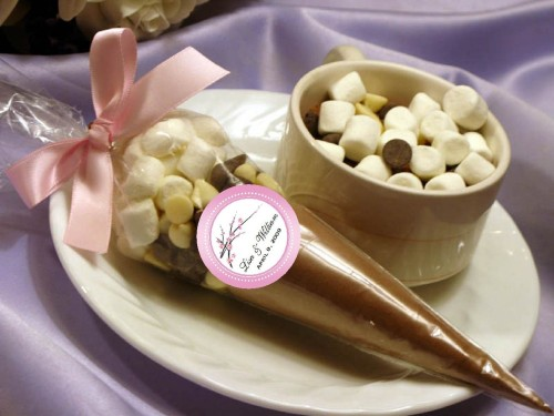 itsmepaulette:  CHERRY BLOSSOM hot cocoa cone favors - I love the idea, maybe if my wedding had more of an outdoor theme I would give this.