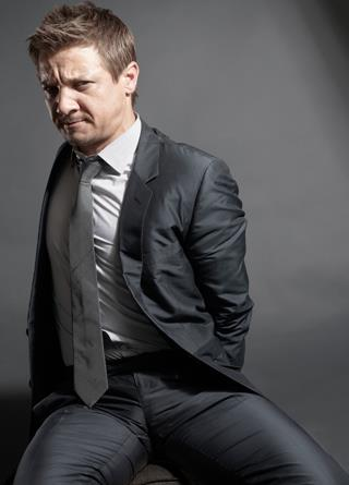 112/100 Pictures from Jeremy Renner