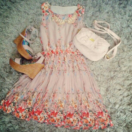 Floral chiffon dainty dress now available online. Visit https://facebook.com/MapleberryOnline  #mapleberryboutique #mapleberry #clothing #floral #chiffon  (Taken with Instagram)