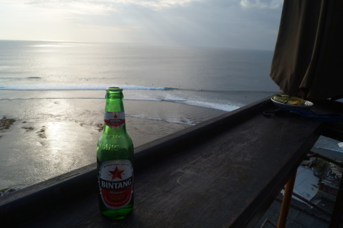 backdoorphotography:  September 21st, 2012 - Uluwatu, Bali. Bintang <3