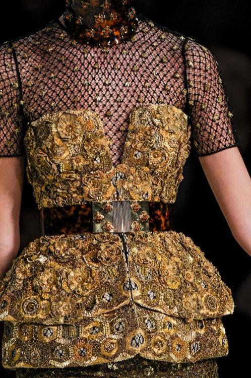 journaldelamode:  Paris Fashion Week, Alexander McQueen SS 2013