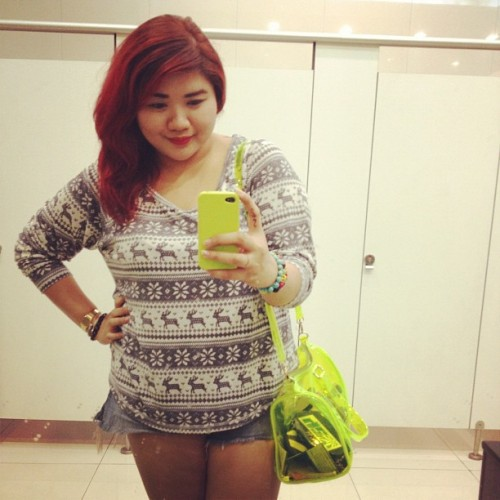 #me #fatty #asian #mirrorshot #davao #october #awesome #aztec #neonbag #redhead #sexy #yeah  (Taken with Instagram)