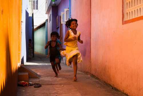 souls-of-my-shoes:  Run, Mamallapuram by Marji Lang