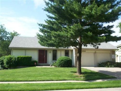 Passive Solar House For Sale Yipee! 16009 W 145 Terrace Olathe $189,900.00. Interior is outdated, unfortunately.