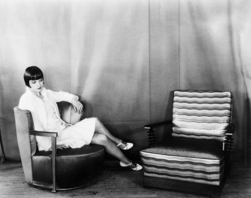 aconversationoncool:  Louise Brooks, 1928.