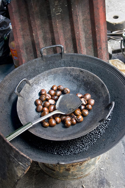 Roasted Chestnuts by Keith Kelly on Flickr.