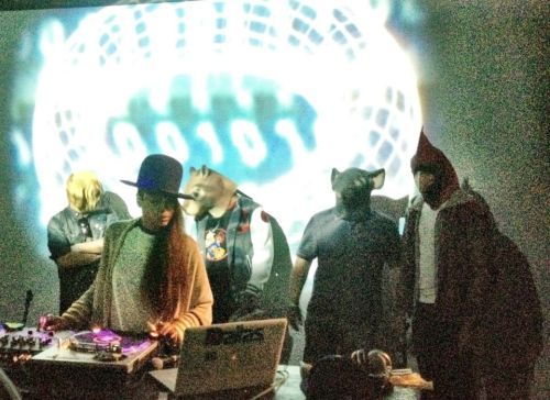 Lastnight at the Boiler Room we had Ms Badu come through aka lo down lorreta  brown. amazing night thanks alima for the shot