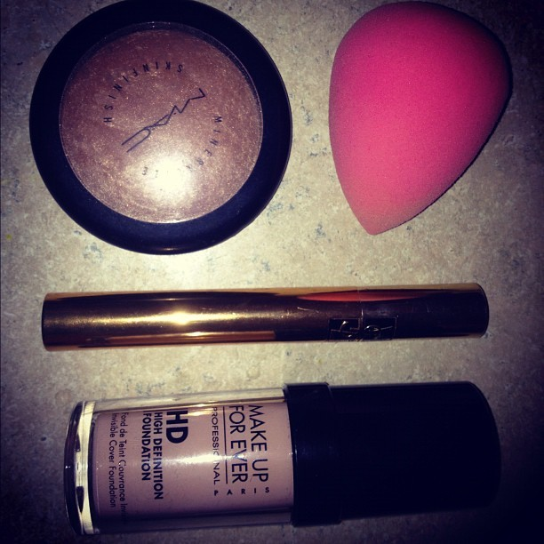 Today's weapons of beauty! #makeup #makeupforever #beautyblender #mac #soft&gentle #ysl #mascara #makeupartist  (Taken with Instagram)