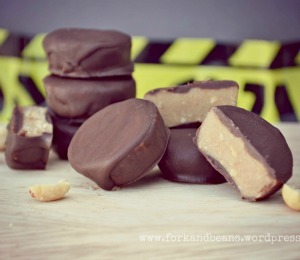 findvegan:  raw peanut butter cups
