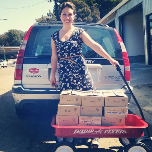 Working for Oakland & working that little red wagon! Follow Erin to #CowgirlCreamery to see what flavors she will deliver! (Taken with Instagram at Blue Chair Fruit Company)