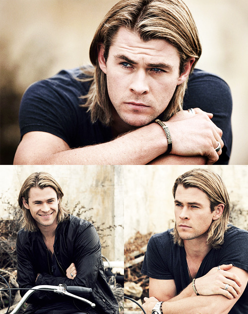 paratrooped:  endless list of favorite actors: Chris Hemsworth