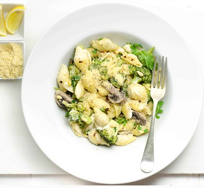 findvegan:  Vegan Creamy Broccoli and Mushroom Pasta