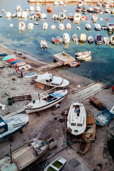 coolghouldude:  boats (by boachi)
