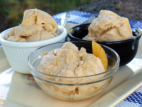 "Eat to the Beat: Peaches & Buttercream Ice Cream & Beck The song: ""Peaches & Cream"" by Beck (lyrics) The foodstuff: Peaches & Buttercream Ice Cream The connection: I would like to lick buttercream off of Beck's naked body, mkay. Also, the song title. (Click through for the recipe!)"