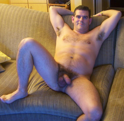 i love this dad so much i would just ride his cock all day !!!!!