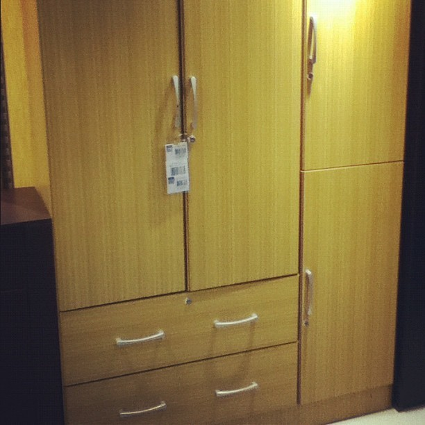Window shopping for cabinets.. To hide dead hookers (Taken with Instagram at SM City North EDSA)