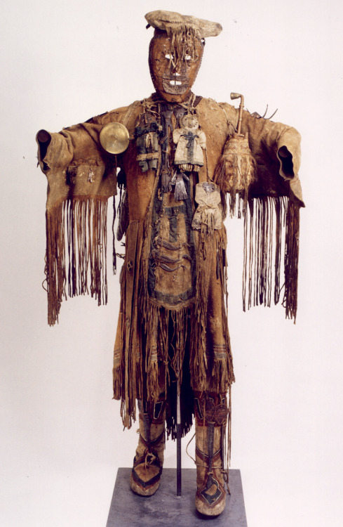 Shaman's Costume Siberia (Tunguska) The Peter the Great Museum of Anthropology and Ethnography