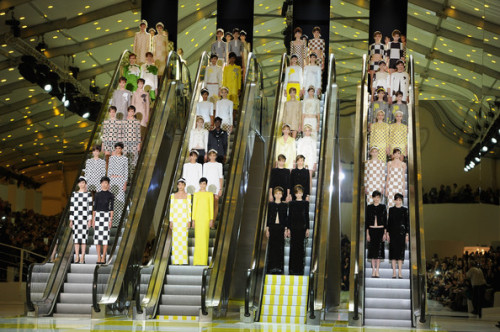 Louis Vuitton Primavera/Verano 2013. click the picture to read the full history…