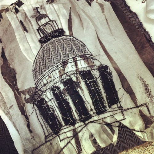 St. Paul's textile illustration finished :) #textiles #illustration #fabric #blackandwhite #stpauls #london #sewing #thread #uni #artwork #instart #embroidery #experiment  (Taken with Instagram)