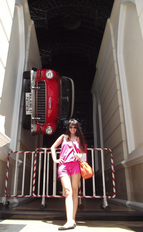 PATTAYA ST. Steal the car if you can , haha