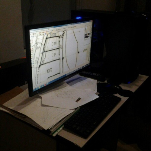 10.04.2012 #SketchUp #floorplan #thesis #drawing #manual #encode #drawing #desktop #office #buhayarki #memories #photoblog #2012 #5AR-2 #karen;) #mandy #school #dlsud #sda #dlsudsda #architecture #college #toilet #trees #bedroom #houseupv #usb #hp #samsung #Arkitektwo #;) (Taken with Instagram)