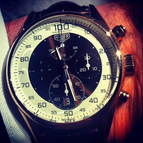 Mikrograph by #tagheuer . More on: http://www.watchonista.com #horology #watches #watchgeek #watchporn #watchoftheday #woyw #watchnerd  #orologi #timezone #montres #mikrograph #waow (Pris avec Instagram)