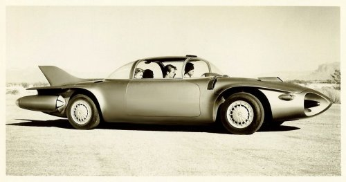 Let us now praise Harley Earl. 1956 Pontiac Firebird II.