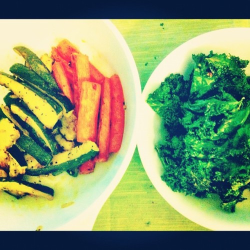 Vegetarian snacking. #zucchini #carrot #kale #veggie #snacks #health #fitness #greens #foodporn #instafood #iphoneonly #iphoneography #food #yummy #iphone #igers #ignation #igfood  (Taken with Instagram)