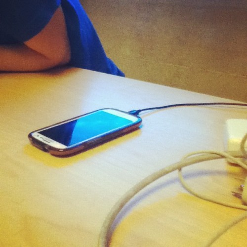 Real goons charge their Samsung galaxy S3 while in the Apple store.  (Taken with Instagram)