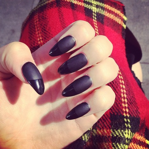 allfleshnbones:  👌💅 witchy #stilettonails (Taken with Instagram)