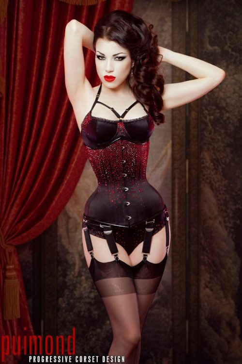 thelingerieaddict:  Adore, adore, adore. Corset: Puimond Lingerie: Karolina Laskowska Model/MUA/Hair/Photography:  Morgana for Threnody in Velvet