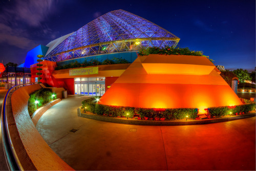 Epcot - Curvy Pyramid by SpreadTheMagic on Flickr.