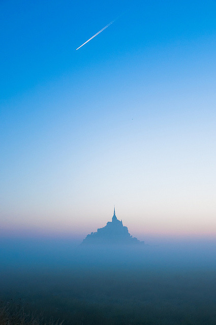 Castle in the Sky by StylelaB on Flickr.