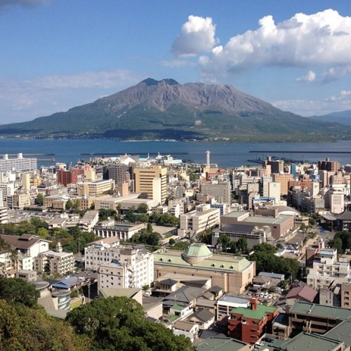 Sakurajima (a very active volcano) looms over Kagoshima. Technically not a jima (island) anymore since the lava from the 1914 eruption connected it to the mainland. #japan  (Taken with Instagram)