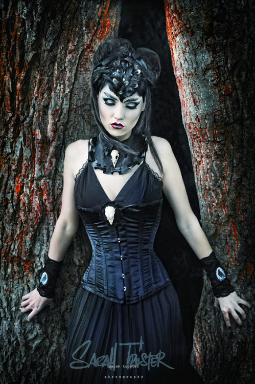 steelboneddiva:  Darkness no.6by ~snottling1