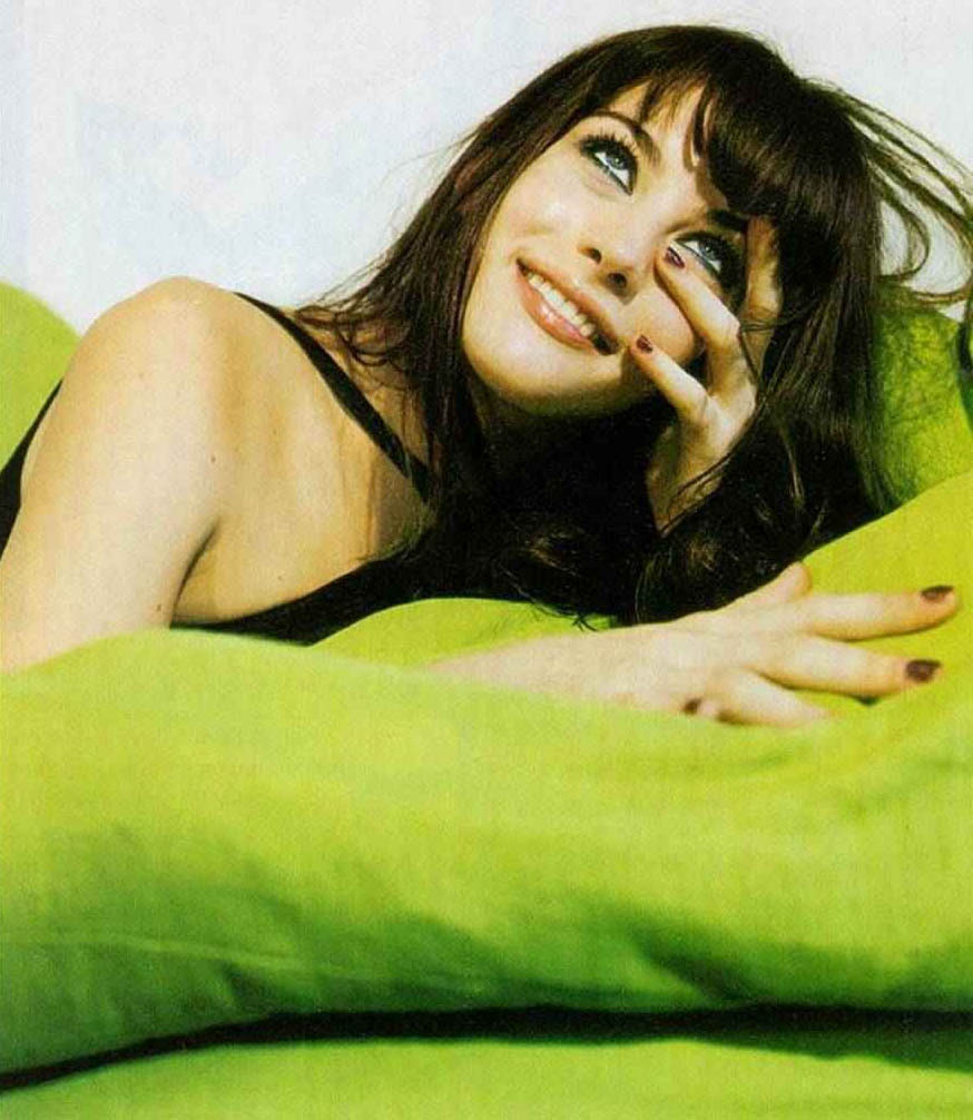 bohemea:  Liv Tyler - The Face by Bettina Rheims, February 1996