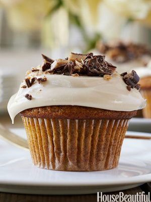 Pumpkin cupcakes with maple frosting recipe from House Beautiful.