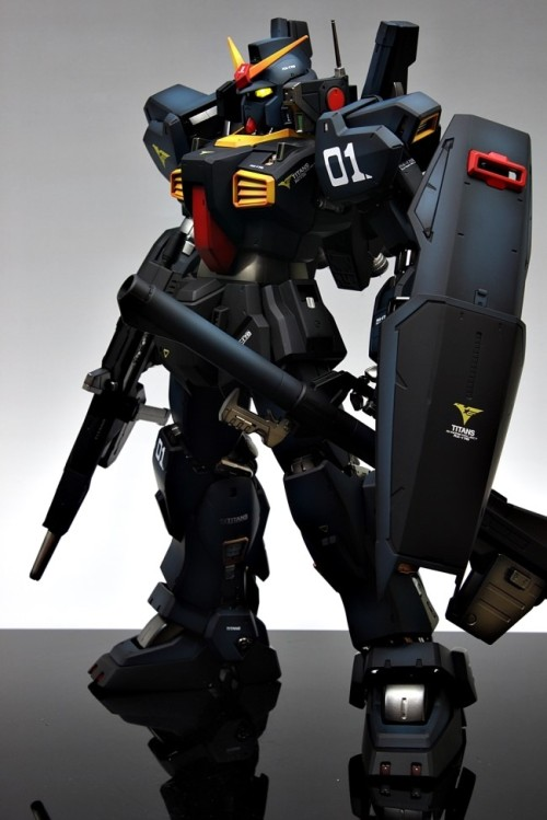 gunjap:  PG 1/60 RX-178 Gundam Mk-II Titans: Improved, Painted Build. Full photoreview No.37 Big Size Imageshttp://www.gunjap.net/site/?p=97950