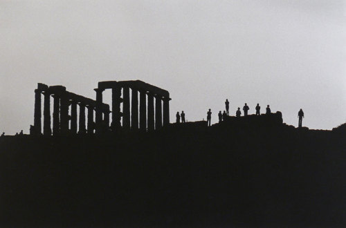 varietas:  Elliott Erwitt: Poseidon Temple Greece, 1979.