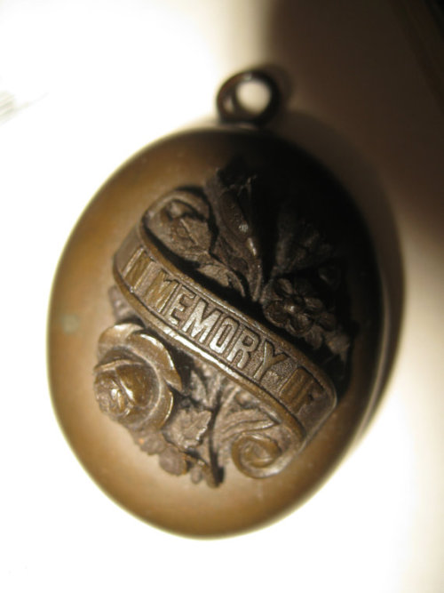 VICTORIAN Mourning Locket - Vulcanite http://www.etsy.com/shop/63and73?ref=seller_info