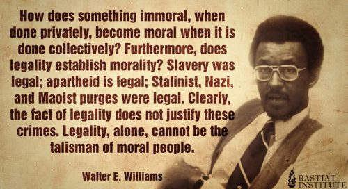 hipsterlibertarian:  Legal does not equal moral — and illegal does not equal immoral.  Tiè Monti, Befera & finti tonti vari.
