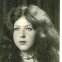 Mom at age 18/19 back in the former Yugoslavia. - Vedada Sirovica