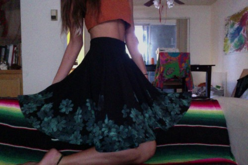 Whipped up this hand printed circle skirt on recycled textiles. Viva la eco fashion!
