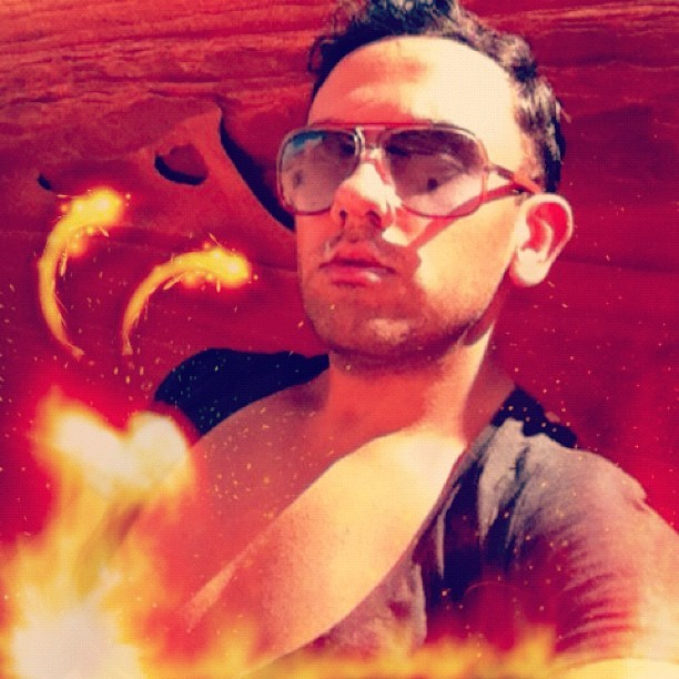 Hot day. #fire #men #fashion #pecs #body #sunglasses #style #boy  (Taken with Instagram)