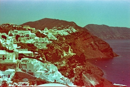 Santorini, Greece | Shot with a Nikon FM2 and Revolog 600nm film