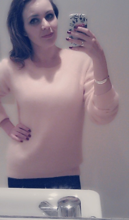 Got the new jumper by Lana Del Ray for h&m. It's pink, fluffy, tacky and I love it :)