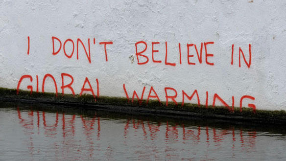 Why does the American media love global warming deniers? (via Motherboard)