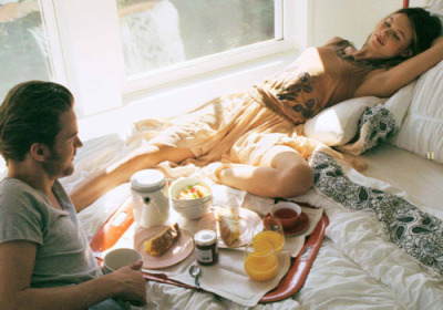 rahven:  koffae:  immysblog:  dantia:  sigh someone made me breakfast in bed please  he's like heeeeeeeey sxc lady  and shes like swag swag swag. on me  Hahah omg 😂 ^  ♡