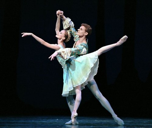 thedailyballet:  Louise Nadeau and Olivier Wevers of the Pacific Northwest Ballet. Photo by Angela Sterling.